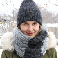 Теперь и для дочерей: зимняя шапка и снуд спицами