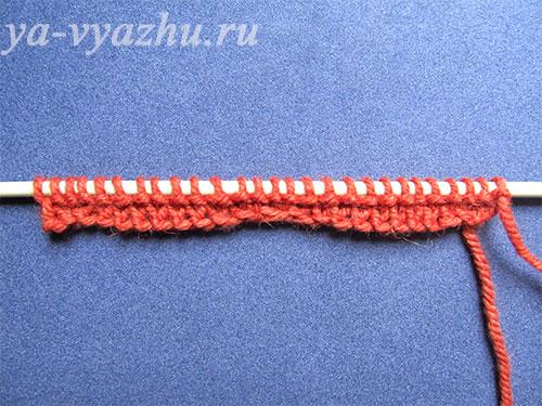 Начинаем вязание с подошвы пинетки