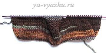 Заканчиваем закругление носочной части штанины ползунков