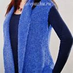 Синий женский жилет из журнала по вязанию «Маленькая Диана»