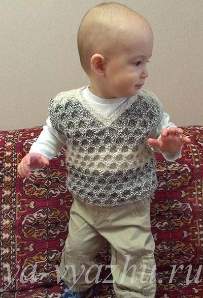 Вязание безрукавки для ребенка