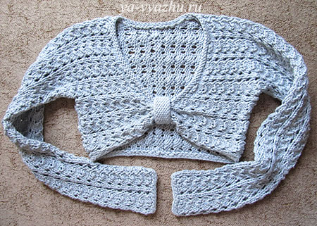 Пуловер-болеро, связанный спицами