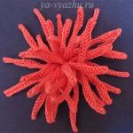 Вязаный цветок - игольчатая хризантема спицами