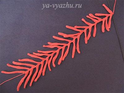Все лепестки вязаного цветка игольчатой хризантемы