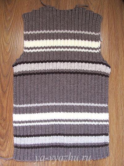Спинка вязаного мужского жакета