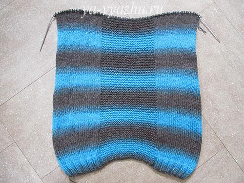Передняя часть женского пуловера
