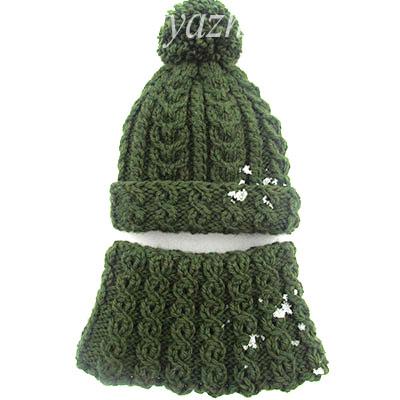 Теплый зимний комплект: детская шапка и снуд спицами