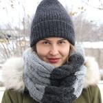 Теплый комплект: шапка и снуд спицами