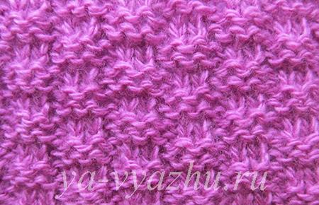 Мелкий плетеный узор спицами