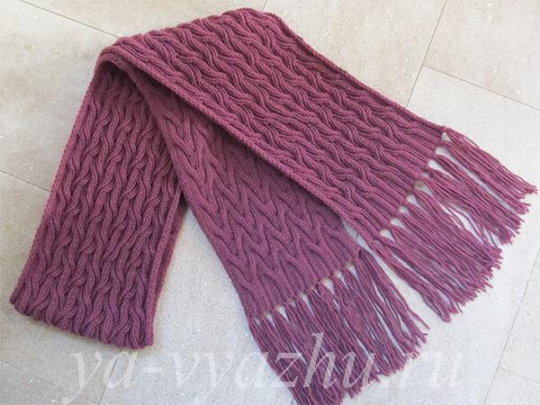 Длинный женский шарф с кистями