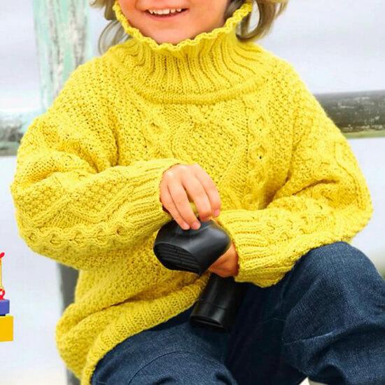 Нарядный свитер спицами