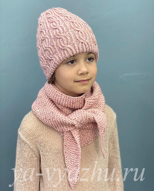 Зимняя шапка и шарф бактус