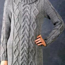 Два красивых и теплых женских свитера с косами спицами